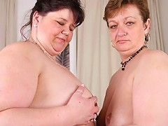 These Big Mature Lesbians Love To Eat Pussy^mature Nl Mature Porn Sex XXX Mom Video Movie